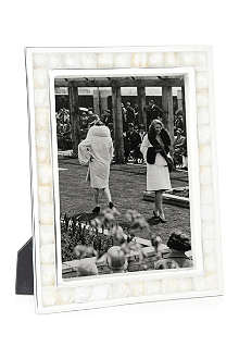 BASKERVILLE AND SANDERS Mother of pearl photo frame 8