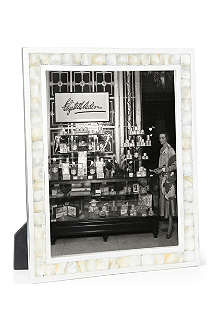 BASKERVILLE AND SANDERS Mother of pearl photo frame 10