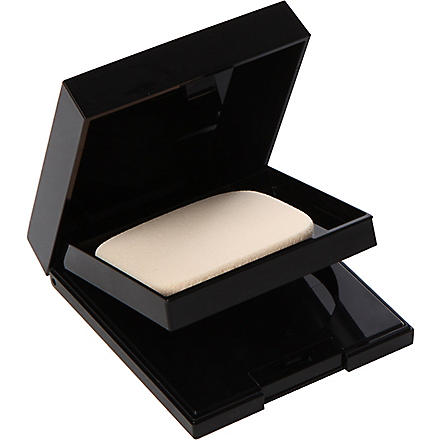 SUQQU Nuancing pressed powder compact