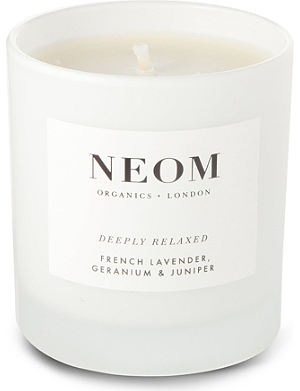 NEOM LUXURY ORGANICS Deeply Relaxed French lavendar, geranium and juniper scented candle