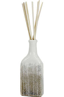 D.L. & CO White Soleil Sparkling Embers home diffuser