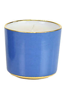D.L. & CO Tower of London scented candle