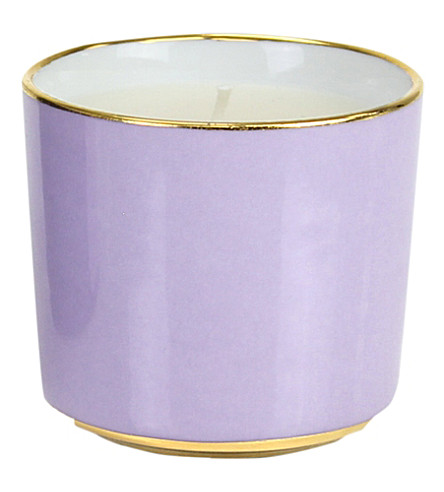 D.L. & CO Windsor Castle scented candle