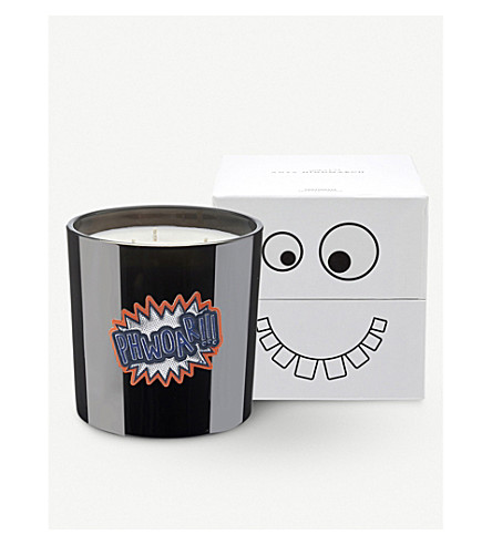 ANYA SMELLS! Toothpaste candle 700g