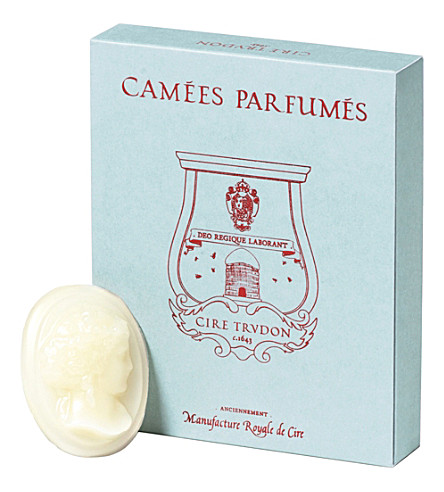 CIRE TRUDON Spiritus sancti scented wax cameos
