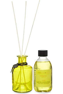TRUE GRACE Curious No. 59 small reed diffuser
