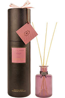 TRUE GRACE Curious No.57 reed diffuser
