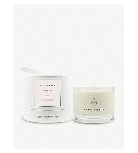 TRUE GRACE Village White Tea scented candle 225g