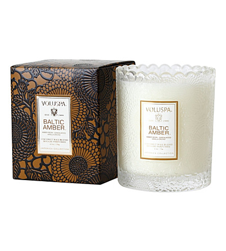 VOLUSPA Japonica scalloped-edge baltic amber candle