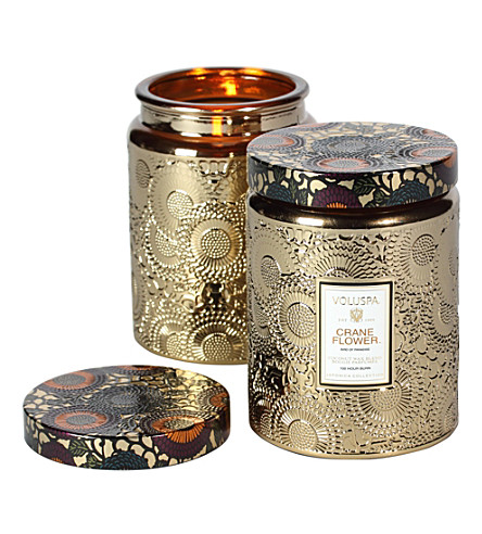 VOLUSPA Japonica large embossed-gold crane flower candle