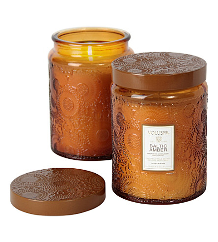 VOLUSPA Japonica large embossed-gold baltic amber candle