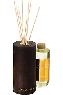 DAYNA DECKER Oud Vetiver home diffuser