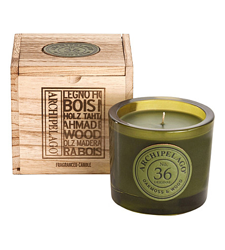 ARCHIPELAGO Oakmoss and wood boxed candle