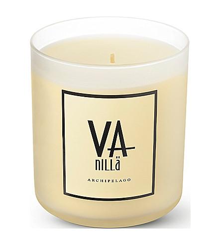 ARCHIPELAGO Vanilla and apricot scented candle (Vanilla