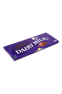 CADBURY Dairy milk chocolate 1kg