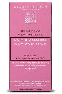 BENOIT NIHANT Organic Almond Milk chocolate bar