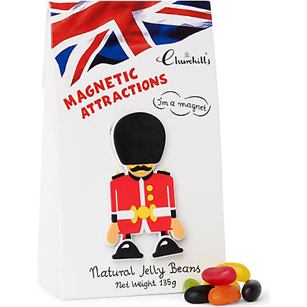 CHURCHILL'S Jelly beans and London guard magnet gift bag 135g