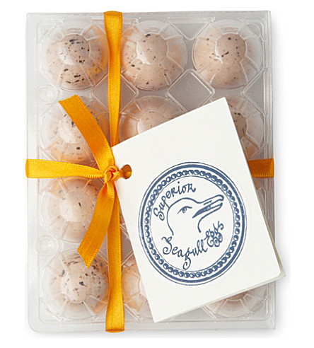 ROCOCO Salted seagull caramel eggs