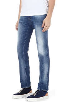 HUGO BOSS Slim heavily washed jeans