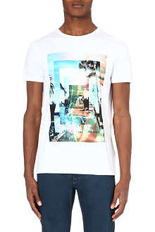 HUGO BOSS Holiday scene t-shirt