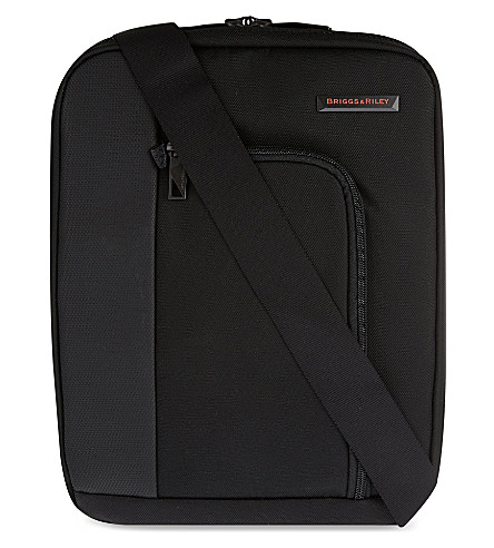BRIGGS & RILEY Verb link cross body bag (Black