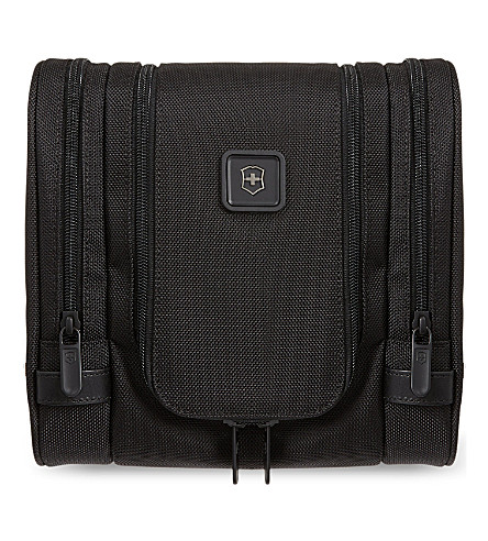 VICTORINOX Lexicon toiletry kit (Black
