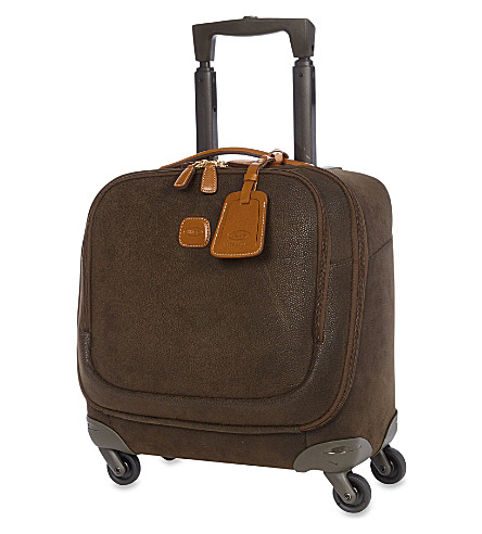 BRICS Four-wheeled pilot case (Olive