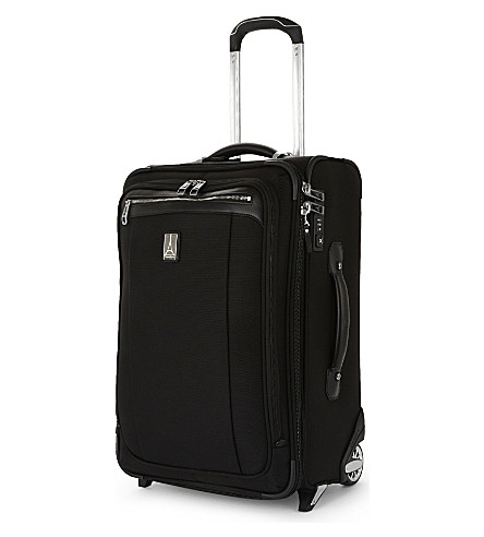 TRAVELPRO Platinum® Magna 2 four-wheel suitcase 58cm (Black