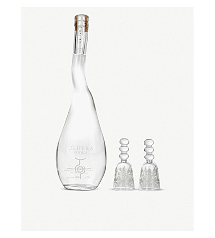 U'LUVKA Vodka magnum gift set with six glasses 1750ml