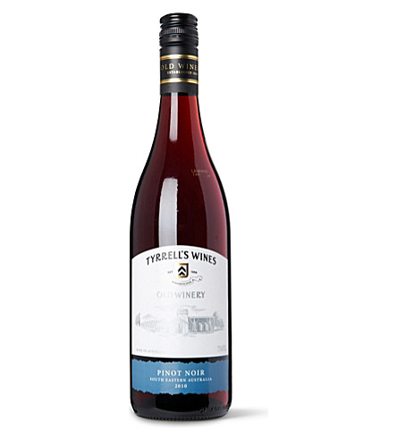 AUSTRALIA Old Winery Pinot Noir 2009 750ml