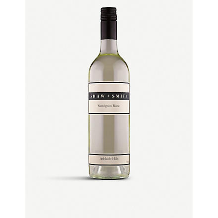 SHAW AND SMITH Sauvignon Blanc 750ml