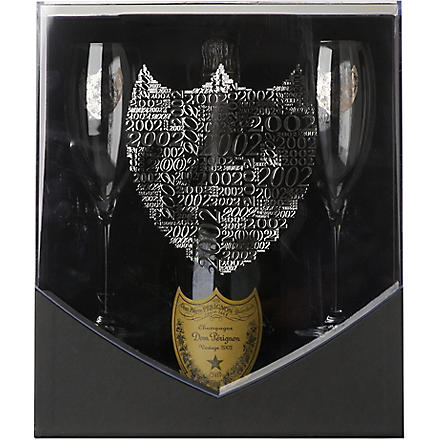 DOM PERIGNON Vintage 2000 with two flutes gift set 750ml