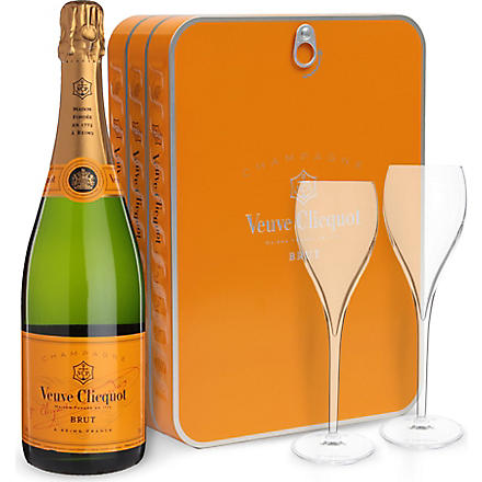 VEUVE CLICQUOT Brut NV champagne and two glass set