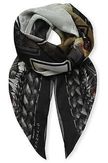 GIVENCHY Madonna print scarf