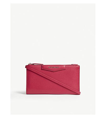 GIVENCHY Antigona leather wallet-on-chain (Fushia