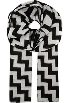 MARWOOD Monochrome zigzag striped shawl
