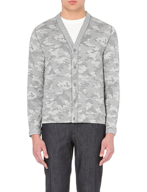 BEAMS PLUS Camouflage print V-neck cardigan