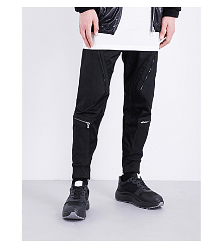 JULIUS Cargo slim-fit skinny woven trousers (Black