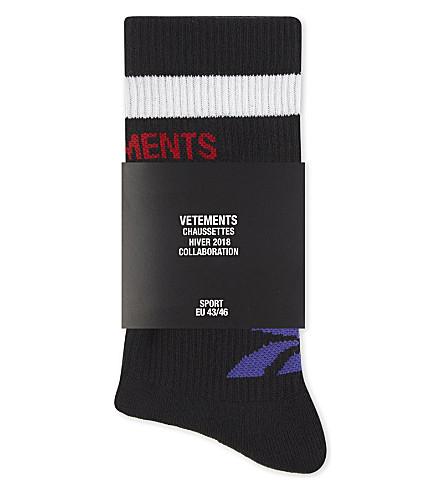 VETEMENTS Striped cotton ankle socks (Black