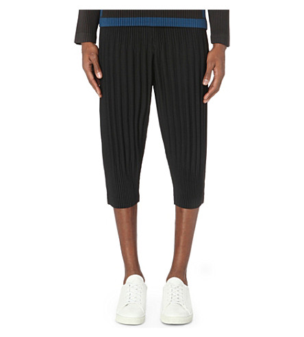 HOMME PLISSE ISSEY MIYAKE Pleated regular-fit cropped trousers (Black