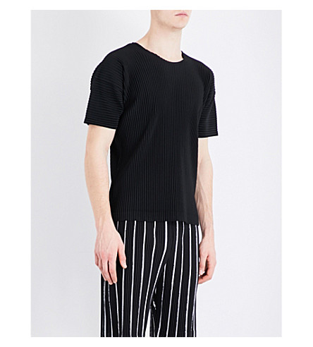 HOMME PLISSE ISSEY MIYAKE Pleated woven T-shirt (Black