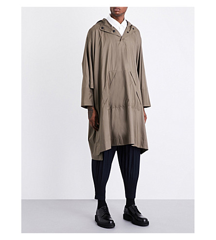 HOMME PLISSE ISSEY MIYAKE Hooded shell cape (Khaki
