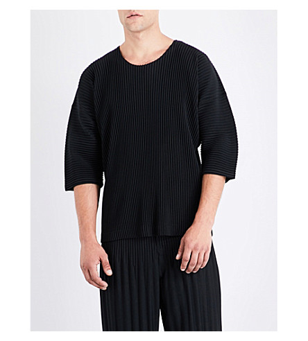 HOMME PLISSE ISSEY MIYAKE Short-sleeved pleated top (Black
