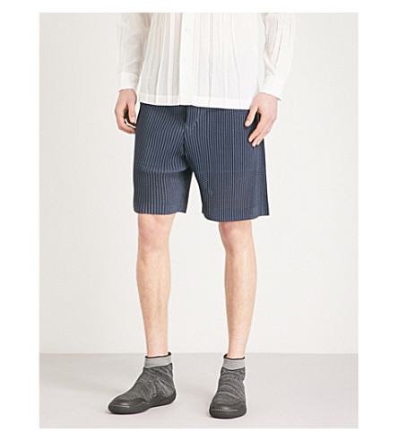 HOMME PLISSE ISSEY MIYAKE Dropped-crotch pleated-mesh shorts (Charcoal+grey