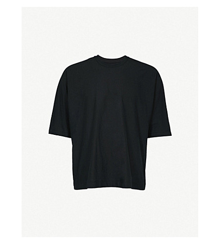 HOMME PLISSE ISSEY MIYAKE Batwing-sleeve cotton T-shirt (Black