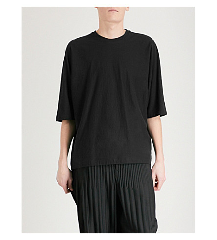 HOMME PLISSE ISSEY MIYAKE 翼袖棉 t恤衫 (黑色
