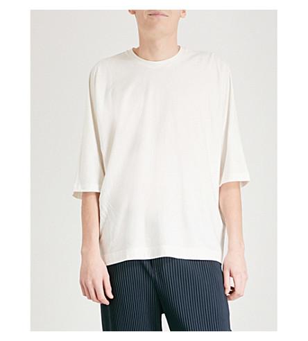 HOMME PLISSE ISSEY MIYAKE Batwing-sleeve cotton T-shirt (White