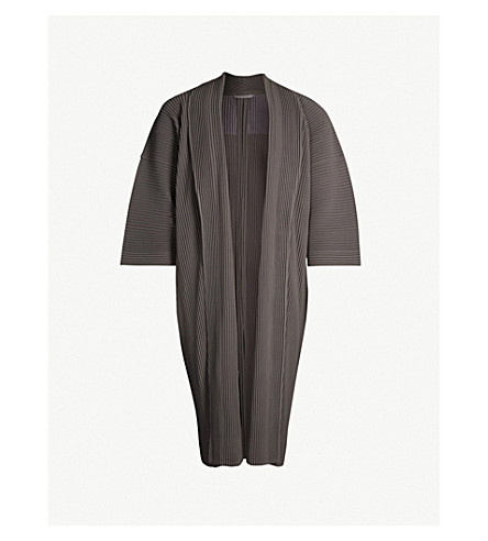 HOMME PLISSE ISSEY MIYAKE Pleated longline kimono (Black