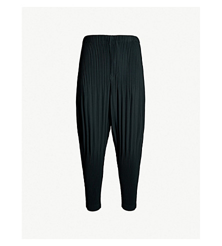 HOMME PLISSE ISSEY MIYAKE Balloon loose-fit pleated pants (64