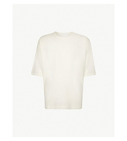 HOMME PLISSE ISSEY MIYAKE Batwing-sleeve cotton-jersey T-shirt (White